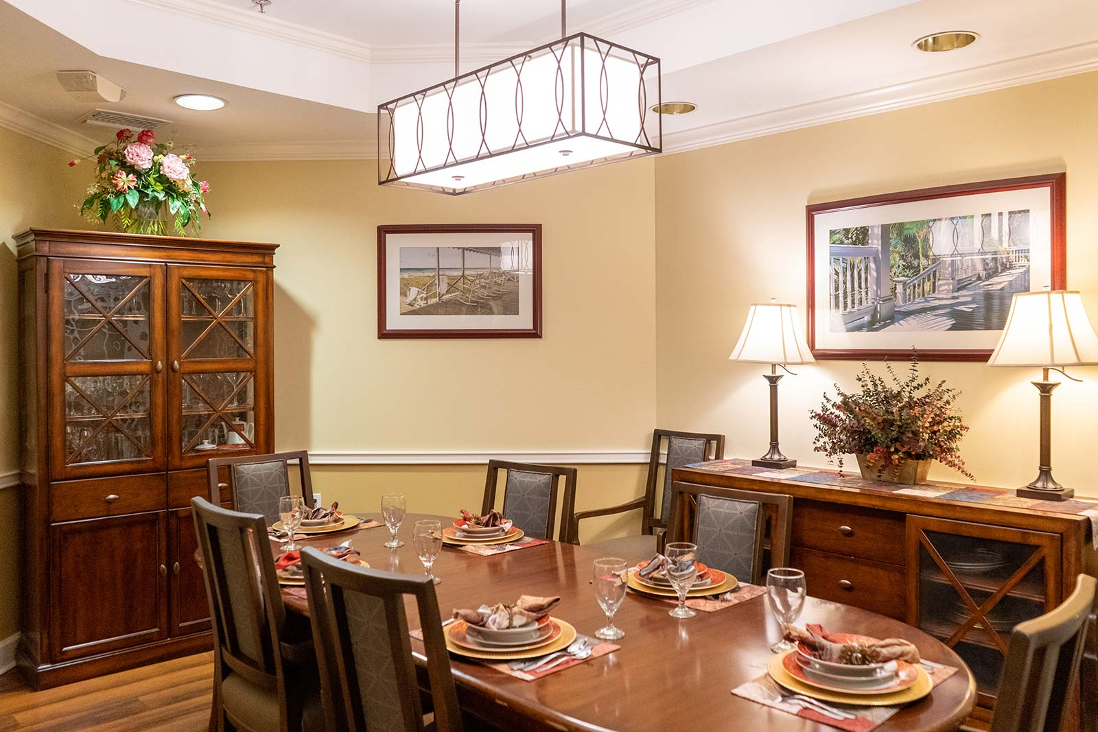 Private dining room at The Colonnade at Northdale assisted living and memory care community in Tampa, FL